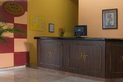 Hotel Tulipán Front Desk