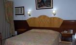 Hotel Versalle Room