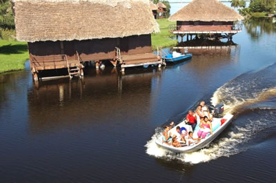 Cabañas del Hotel Villa Guamá, Península de Zapata
