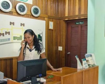 Recepción del Hotel Villa Cabo de San Antonio