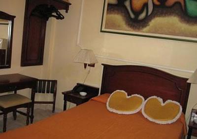 Hotel Encanto Vueltabajo room