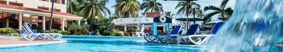 Piscina del Hotel Be Live Experience Las Morlas