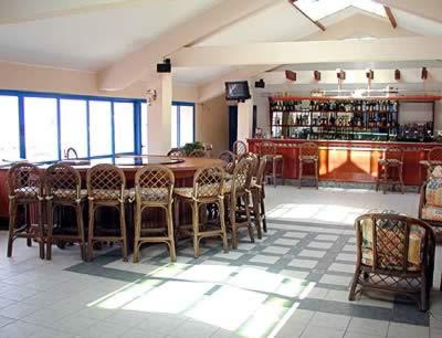 Hotel Los Cactus bar, Varadero, Cuba