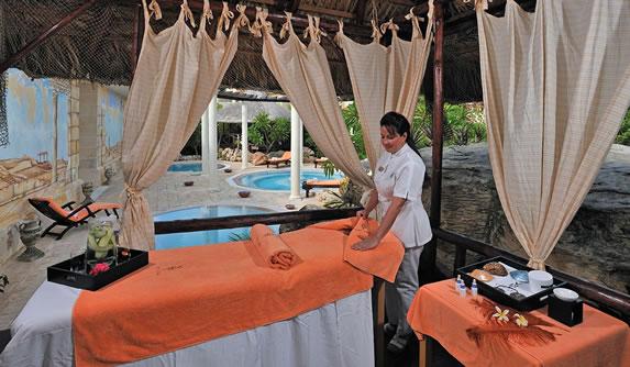 Masseuse at the Paradisus Princesa del Mar hotel
