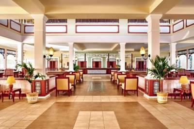Hotel Memories Paraiso Azul lobby
