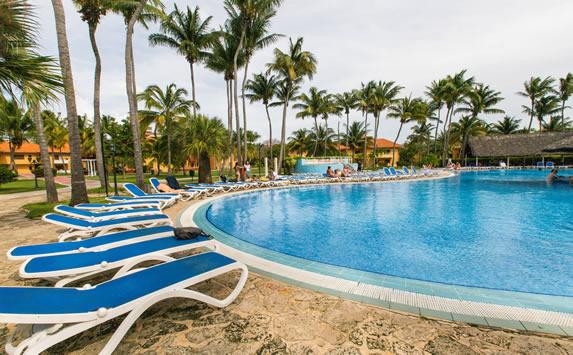 Arenas Doradas hotel pool