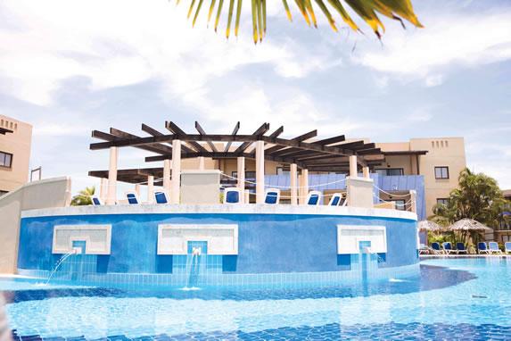 Sanctuary Grand Memories Hotel Pool