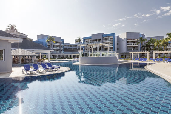 Piscina del hotel Sol Varadero Beach