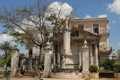 Plaza de Armas, La Habana, Cuba
