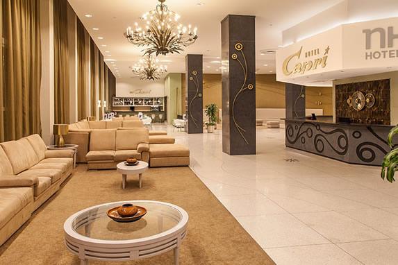 Recepción del hotel El Capri