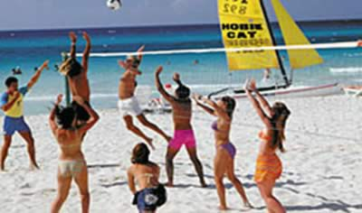 Hotel Sol Sirenas - Coral Resort Beach Volley