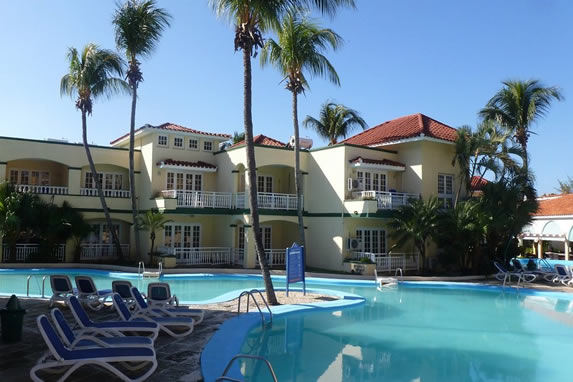 View of the rooms overlooking the pool