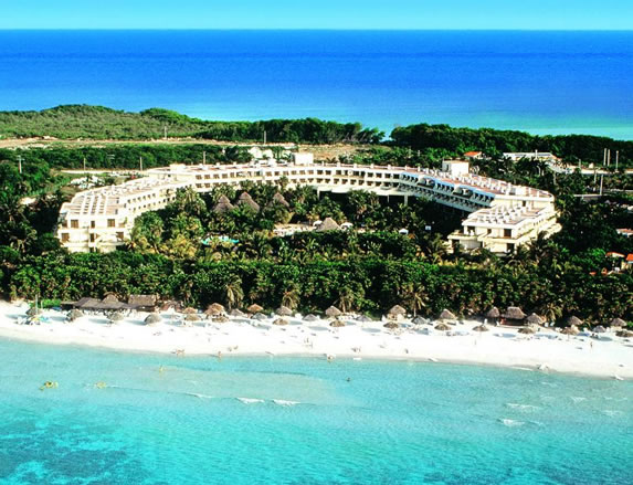 Aerial view of the Sol Palmeras hotel
