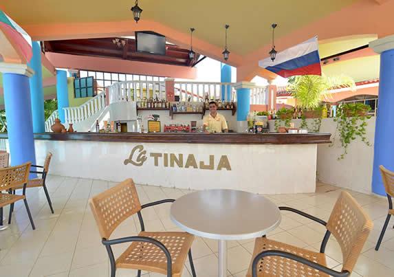Bar La Tinaja, in the hotel