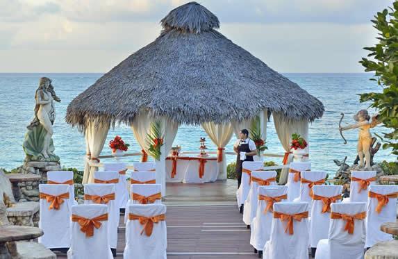 Wedding at the hotel Sol rio de Luna y Mares