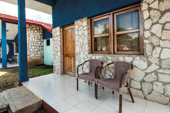 bungalow portal with furniture