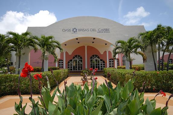Entrance to the Brisas del Caribe hotel