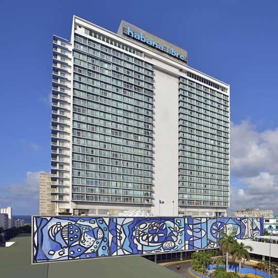 Fachada del hotel Habana Libre