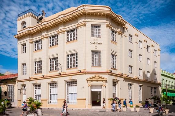 colonial building facade under blue sky