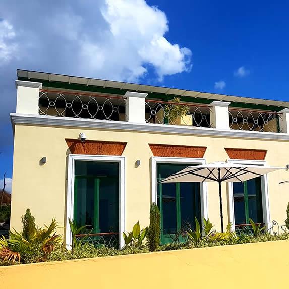 Fachada del hotel La Popa, Trinidad