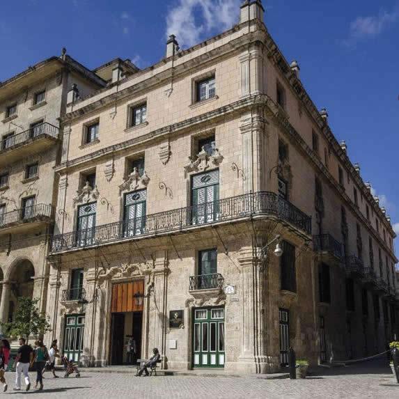 Facade of the Palacio San Felipe hotel