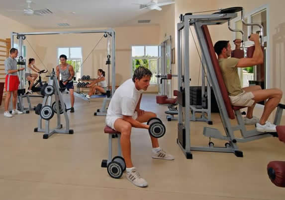 tourists working out in the hotel gym
