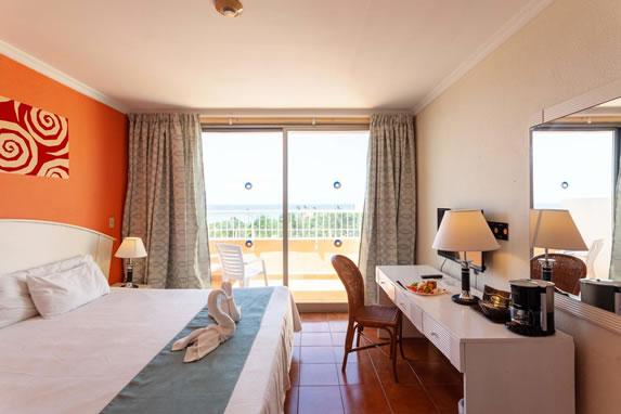 Tuxpan hotel room with sea views