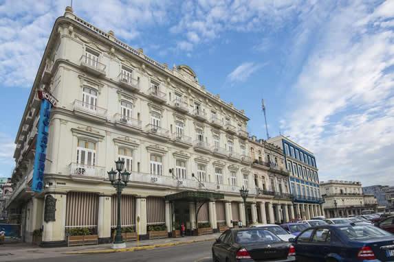 Inglaterra hotel facade