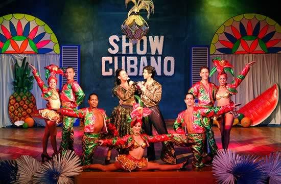 Hotel Sol Cayo Largo night show
