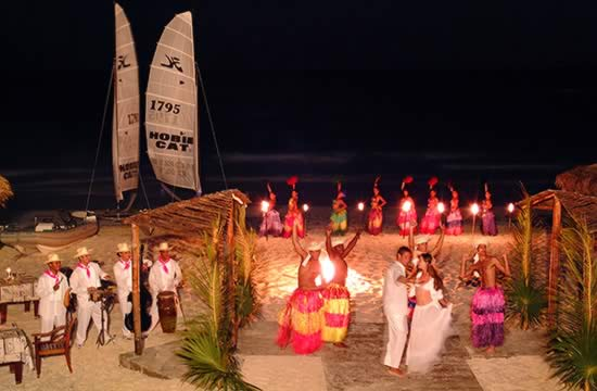 Hotel Sol Cayo Largo theme nights
