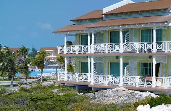 Hotel Sol Cayo Largo building view