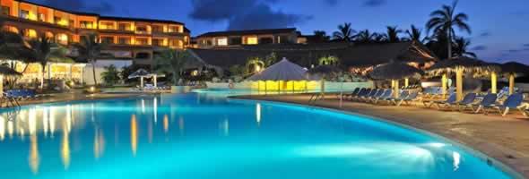 Piscina del Hotel Sol Río de Luna & Mares Resort