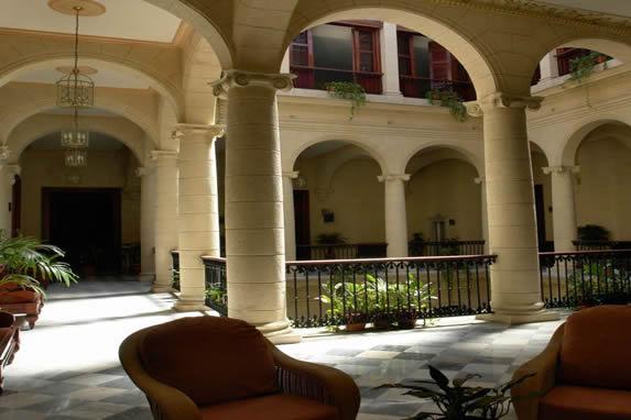 Pasillos del hotel Palacio O'farril