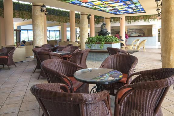 Vista del lobby del hotel