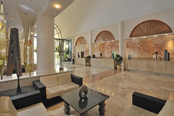 View of the lobby of the Melia Varadero hotel