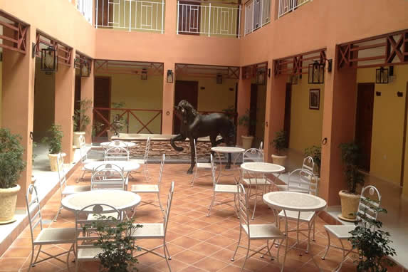 Cafeteria in the hotel courtyard