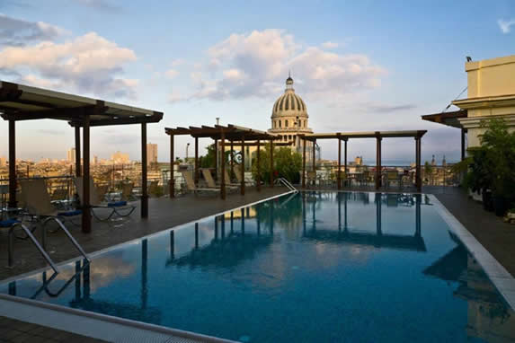 Pool overlooking the dome of the Capitol of Havana