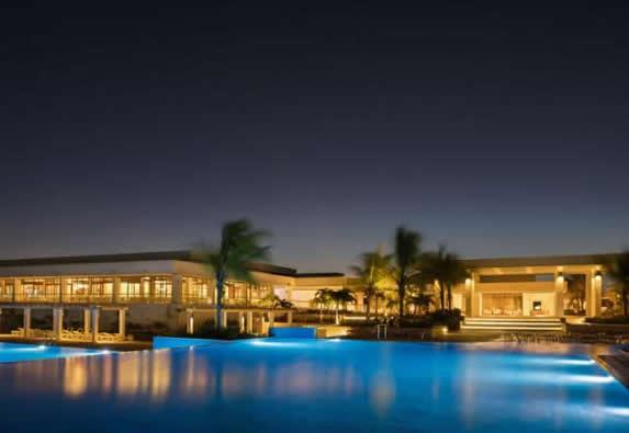 pool at night with lighting