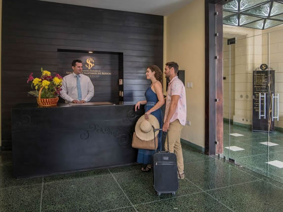 Reception of the Palacio San Felipe hotel