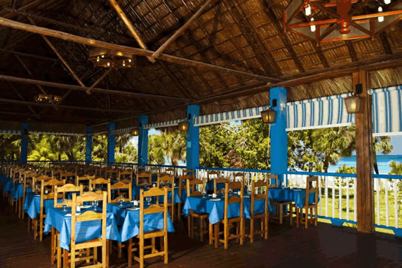Outdoor restaurant at the Arenas Blancas hotel