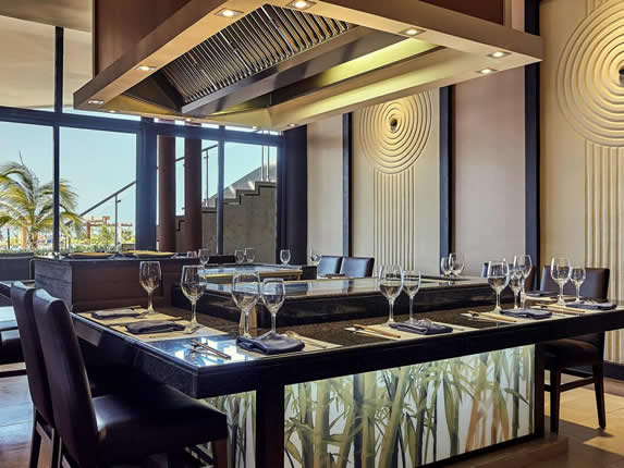 restaurant with asian decor