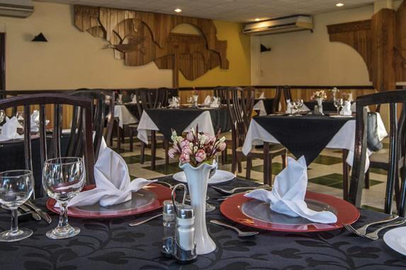 Restaurante en el hotel Sunbeach