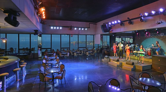 Sala de fiestas del hotel Habana Libre