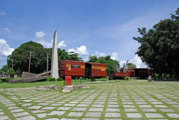 Monument to the Armored Train,villa clara