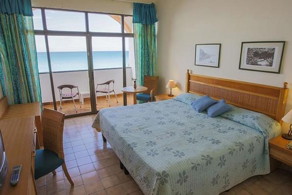 Habitación con vistas al mar del hotel
