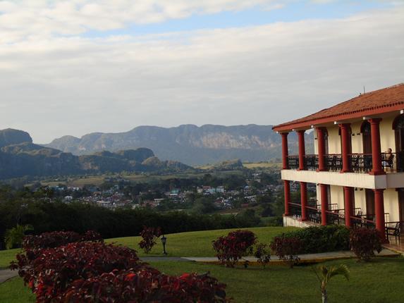 vista de las montañas con abundante vegetación